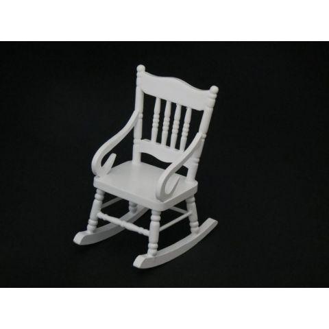 Mecedora en miniatura blanca de madera