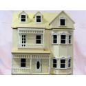 Casa de muñecas Exmouth PRE-MONTADA, ROSA O BEIG